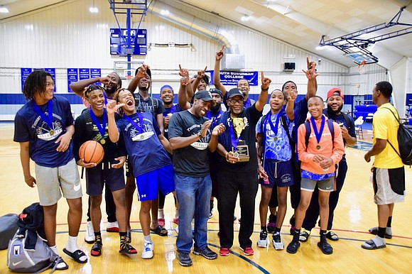 The Third annual Taste of Thornton Township basketball tournament crowned the Riverdale Park District team as champions. This year the ...