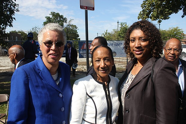(from left) Cook County Board President Toni Preckwinkle; state Sen. Jacqueline Collins (D-16th) and former 17th Ward Alderman Latasha Thomas participated for a Sept. 30, 2019 groundbreaking for a new Metra station in Auburn Gresham.
