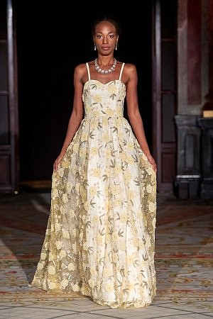 Oxford Fashion Studio recently premiered 16 diverse designers' collections during SS '20 Paris Fashion Week at the International Le Grand ...