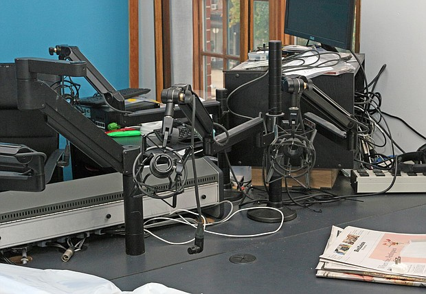 Empty chairs at WBAI-FM