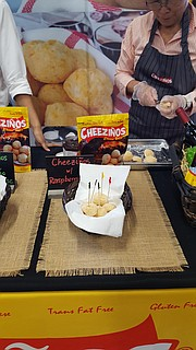 Houston Style Magazine Managing Editor Jo-Carolyn Goode was on hand at H-E-B's Private Media Preview to get a first taste of the products from the eight Houston-area food entrepreneurs who made the top 25 finalists of this year's Quest for Texas Best statewide food competition. Out of 560 applicants from across the state, the top 25 finalists have moved to the next judging round and one step closer for cash prizes and being sold on H-E-B shelves. Additional details are attached for the top 25 finalists.