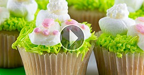 This Easter holiday, satisfy the sweet tooth of guests of all ages with festive cupcakes modeled after the Easter bunny.
