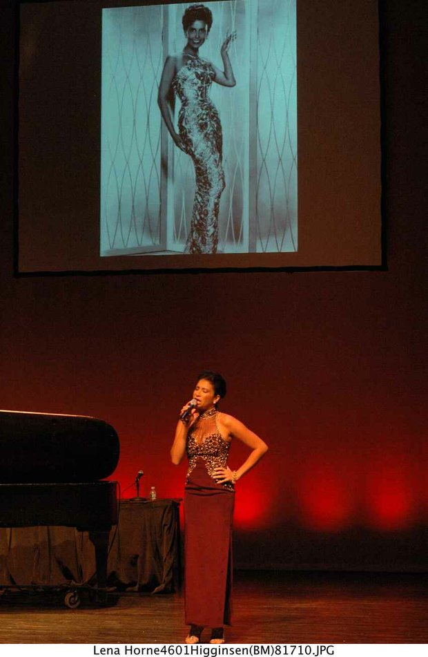 Singing Lena's hits: Knoelle Higginsen-Wydo at Harlem Week's tribute to Lean Horne at the Schomburg (Bill Moore photo)