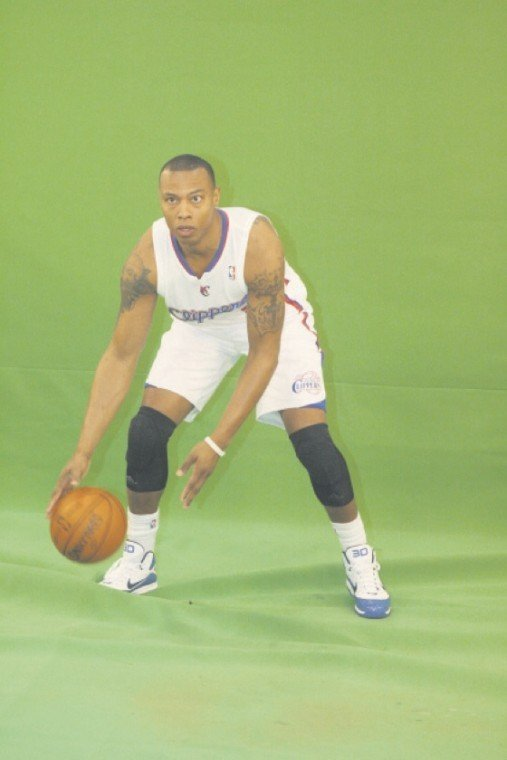 Los Angeles Clippers forward Caron Butler receives his championship ring
