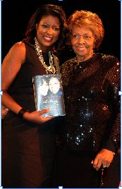 Riverside Theatre honors Dr. Cissy Houston at Women of Excellence in the Arts