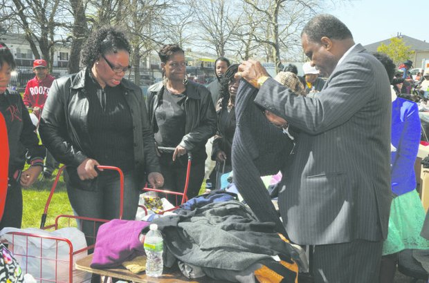 A Rockaway event: Blessing those in need