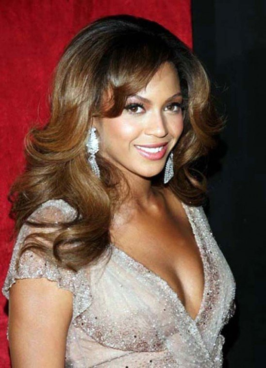 Beyonce Sells out Roseland Concert Dates
