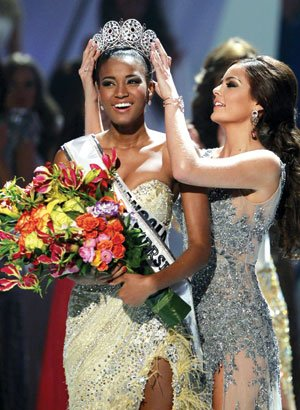 Miss Angola Leila Lopes is crowned by Miss Universe 2010...
