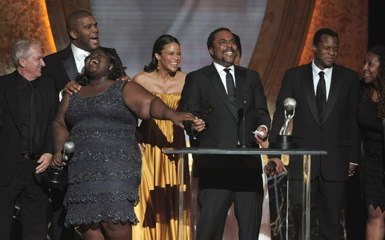 "The cast and crew of ""Precious: Base on the Novel 'Push' by Sapphire"" accept the award for outstanding..."