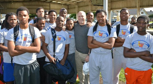 Over 250 volunteers joined Mayor Mitch Landrieu, District C Councilmember Kristin Gisleson Palmer, City officials,...