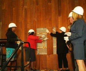 Governors State University (GSU) celebrated a new era in science education last week with a...