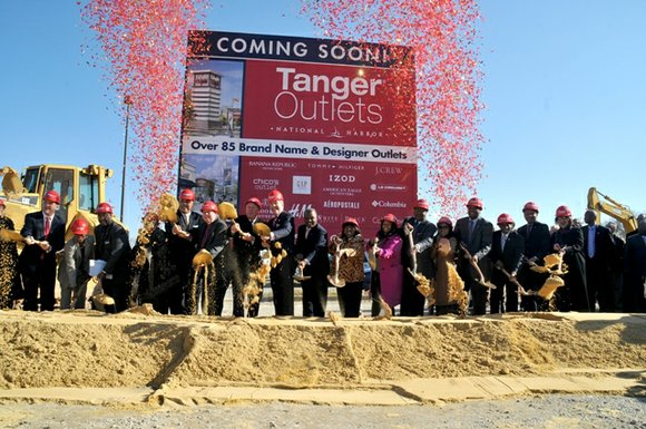 Tanger Factory Outlet Centers and Peterson Companies hosted a ground breaking ceremony on Thursday, Nov....