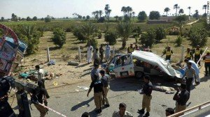 At least 24 passengers have died in a collision in central Punjab, a province in Pakistan.