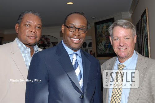 On Wednesday, August 5, 2009, Houston Style Magazine was on hand at HoustonWorks USA's Host Committee Gala Meeting at the ...