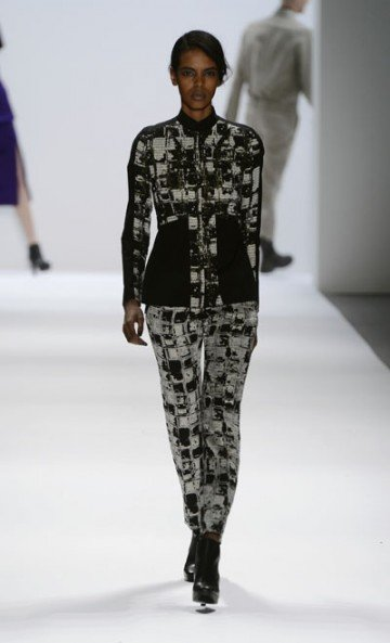 Richard Chai is known for his architectural designs. His Fashion Week show attracted a standing-room-only audience. He is best known ...
