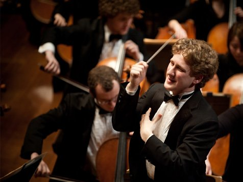 The tone was decidedly youthful with the New York Philharmonic subscription debut of one of the orchestra's assistant conductors, 26 ...