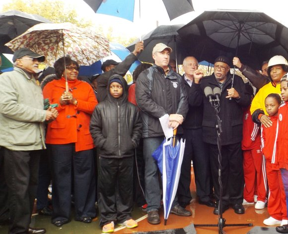The cold and rain on Saturday did not deter the many who turned out to hear Ill. Gov. Pat Quinn ...