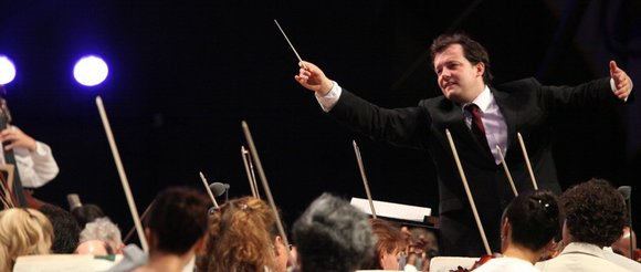 NEW YORK-There's obviously a very happy collaboration between Music Director Andris Nelsons and his Boston Symphony Orchestra. Their playing seemed ...