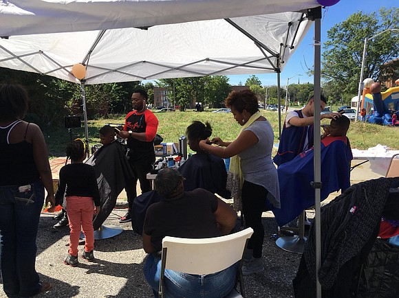 On September 25, 2016, GCT helped to spread a message of community love and unity in the Poppleton neighborhood in ...