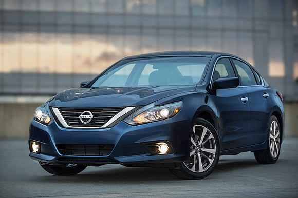 DETROIT – The Nissan Altima is one of the hottest midsize sedans on the market. It has racked up five ...