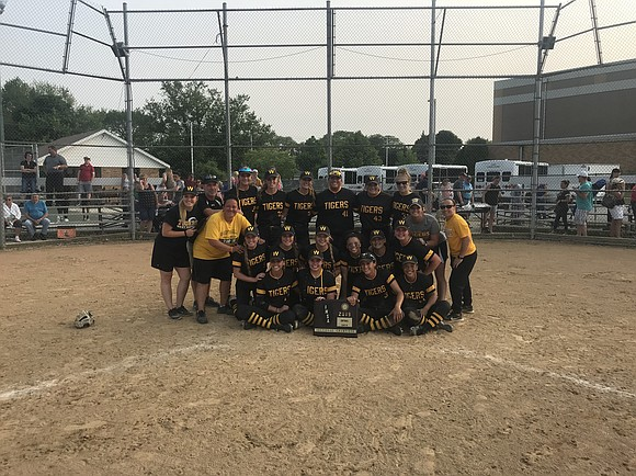 On Friday, March 31 the Joliet West High School Varsity Softball Team won the IHSA Sectional Championship against Lockport High ...