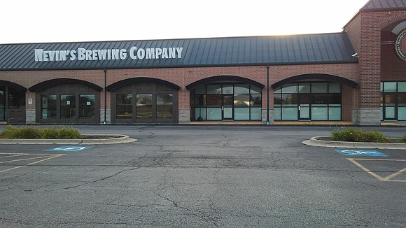 A popular establishment to try craft beers and listen to bands has closed in Plainfield. The Plainfield Village Board Monday ...