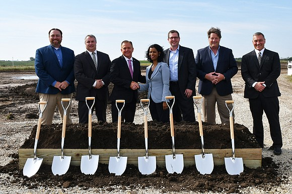 The Pizutti Companies have announced plans for a new 646,380 square foot built-to-suit building in Romeoville that will be home ...