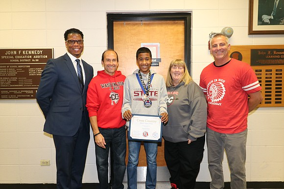 Congratulations to Washington Junior High eighth grade student Marcellus Mines who competed in the Illinois Elementary School Association State Cross-Country ...