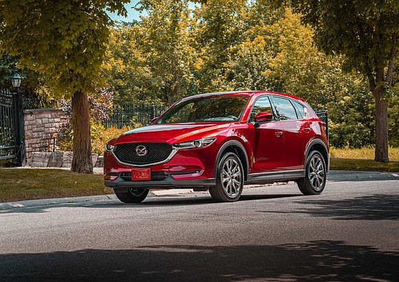 The 2020 Mazda CX-5 does not have the long curvy front of most of its brand brethren. That no doubt ...