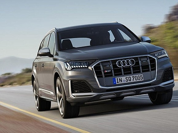If ever there was a wolf in sheep's clothing, it was the 2021 Audi SQ7. A three-row crossover, though when ...