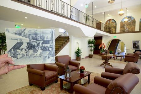 The famous Dunbar Hotel at 42nd Street and Central Avenue reopened Wednesday, aiming to recapture the grandeur of 70 years ...