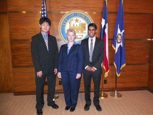 Bellaire High School produced the winning video in the Mayor's Youth Council contest surrounding Mayor Parker's It Can Wait, Houston ...