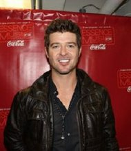 Robin Thicke in Press Room at Essence Music Festival in New Orleans 7/4/09