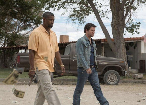 "Denzel Washington and Mark Wahlberg in ""2 Guns."""
