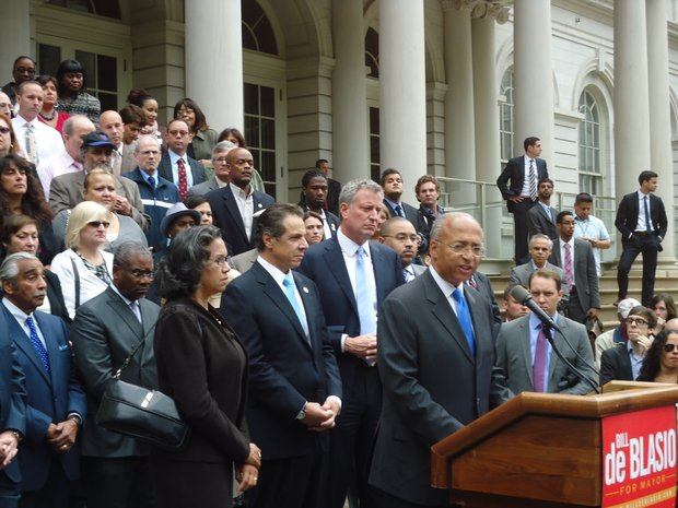 Bill Thompson announced at City Hall on Monday he was getting out of the race to the the Democratic mayoral candidate and endorsed Bill de Blasio