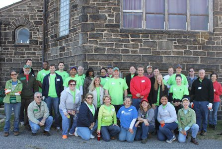 Baltimore Gas and Electric Company (BGE) teamed up with law firm Hogan Lovells and the Baltimore Tree Trust to plant 25 trees on barren streets throughout McElderry Park in southeast Baltimore.