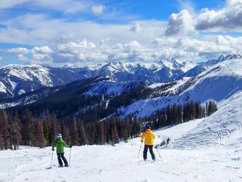 To tempt skiers and riders to make the most of the 2013-14 season, Colorado Ski Country USA (CSCUSA) resorts are ...