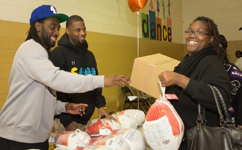 United Way of Central Maryland (UWCM) distributed 3,600 Thanksgiving meal boxes to low-income families across central Maryland through its 21st ...