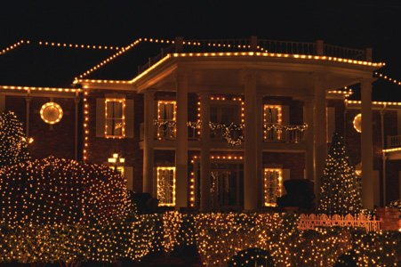 For many families across central Maryland, the Thanksgiving holiday marks the beginning of the holiday lighting season for homes and ...