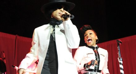 Prince performs alongside Singer Janelle Monae.