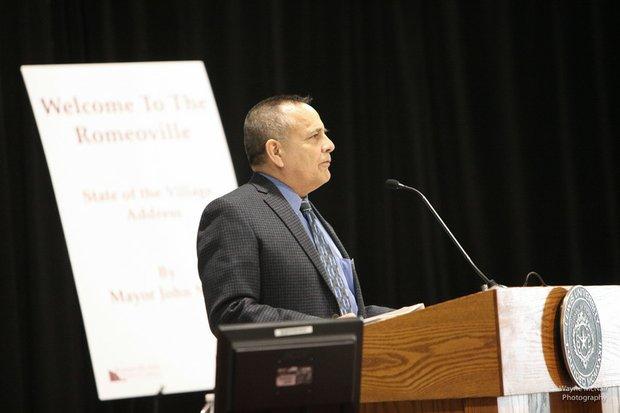 "Citgo's Armando ""Dino"" Arias, chairman of the Romeoville Area Chamber of Commerce introduced Romeoville Mayor John Noak at the mayor's State of the Village Address."