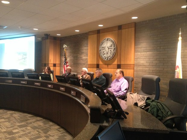The Joliet Zoning Board of Appeals voted unanimously Thursday in favor of a special use permit for veteran's housing project in the city's 4th District, next to the former Silver Cross Hospital.