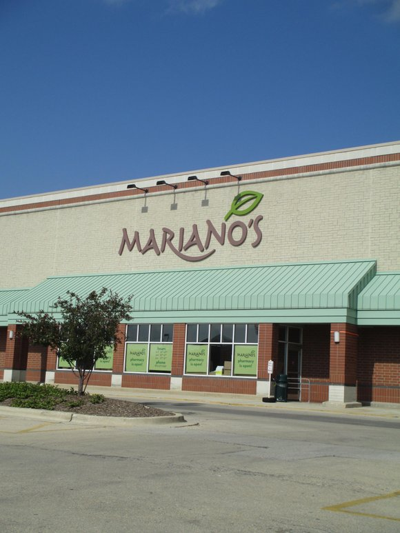 The grocery store has spent the last several months remodeling the former Dominick's store at 950 Brook Forest Ave.