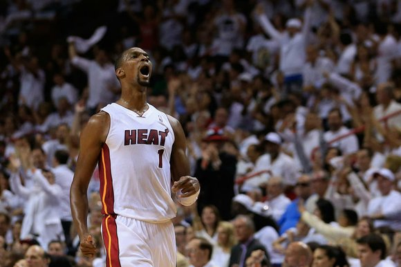 Miami Heat forward Chris Bosh had his first direct conversation with Houston Rockets management on Monday morning, inching closer to ...