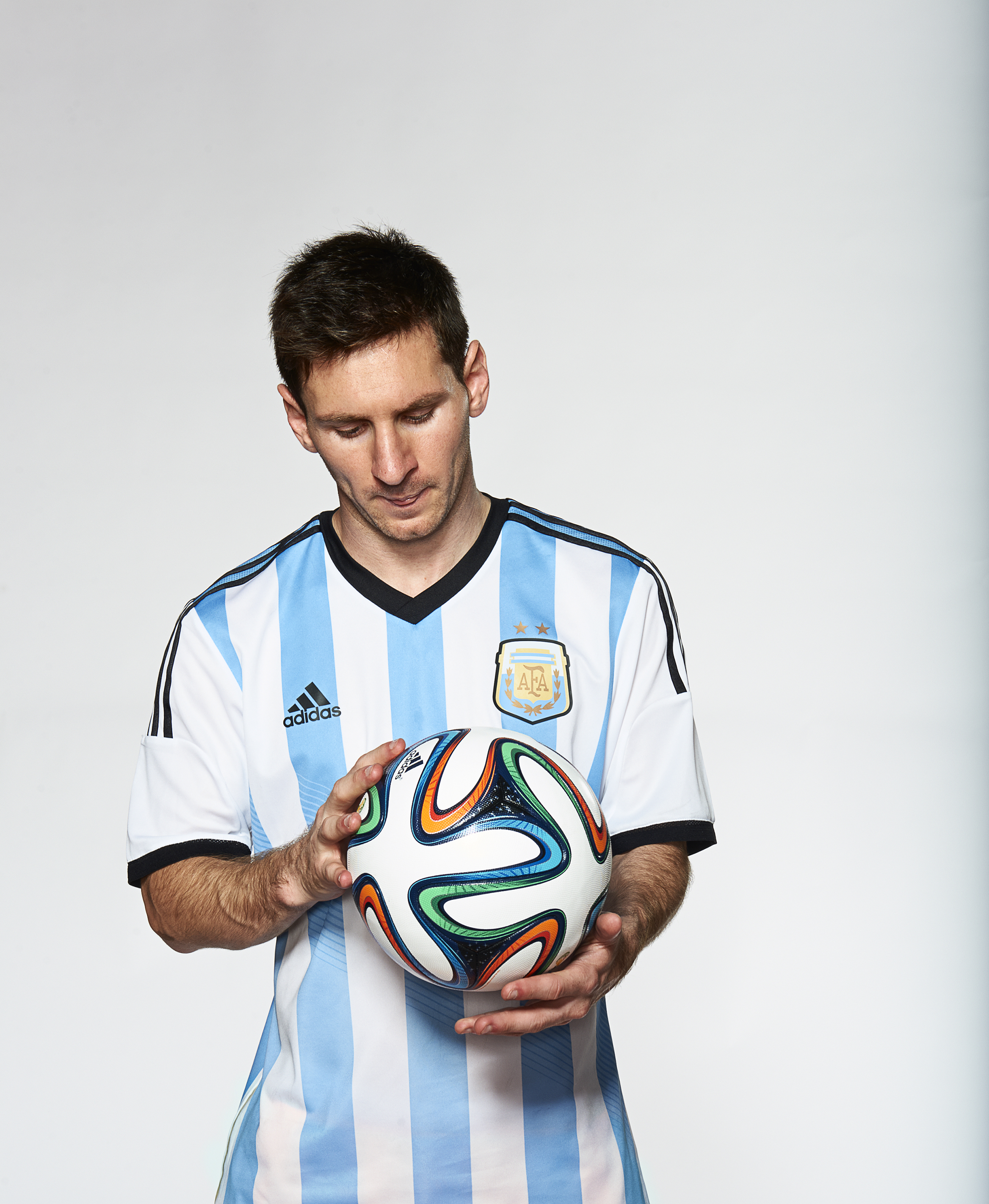 Lionel Messi Fast Facts | Houston Style Magazine | Urban ...
