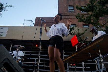The Earthman Experience performs their hits live onstage at Harlem Week. #HarlemWeek (08/17/2014)