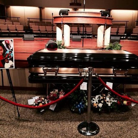 Funeral services for Michael Brown held in Ferguson, Mo.