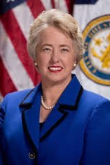 Mayor Annise Parker today unveiled a balanced $5.1 billion proposed total city budget for the fiscal year that begins July ...