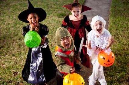 There are many easy things you can do to make sure the kids stay safe this Halloween, officials say.
