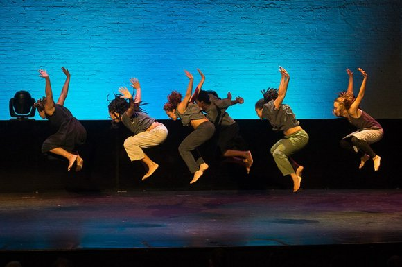The dance scene in New York packed the Apollo Theater in droves to celebrate the 30th anniversary of the renowned ...